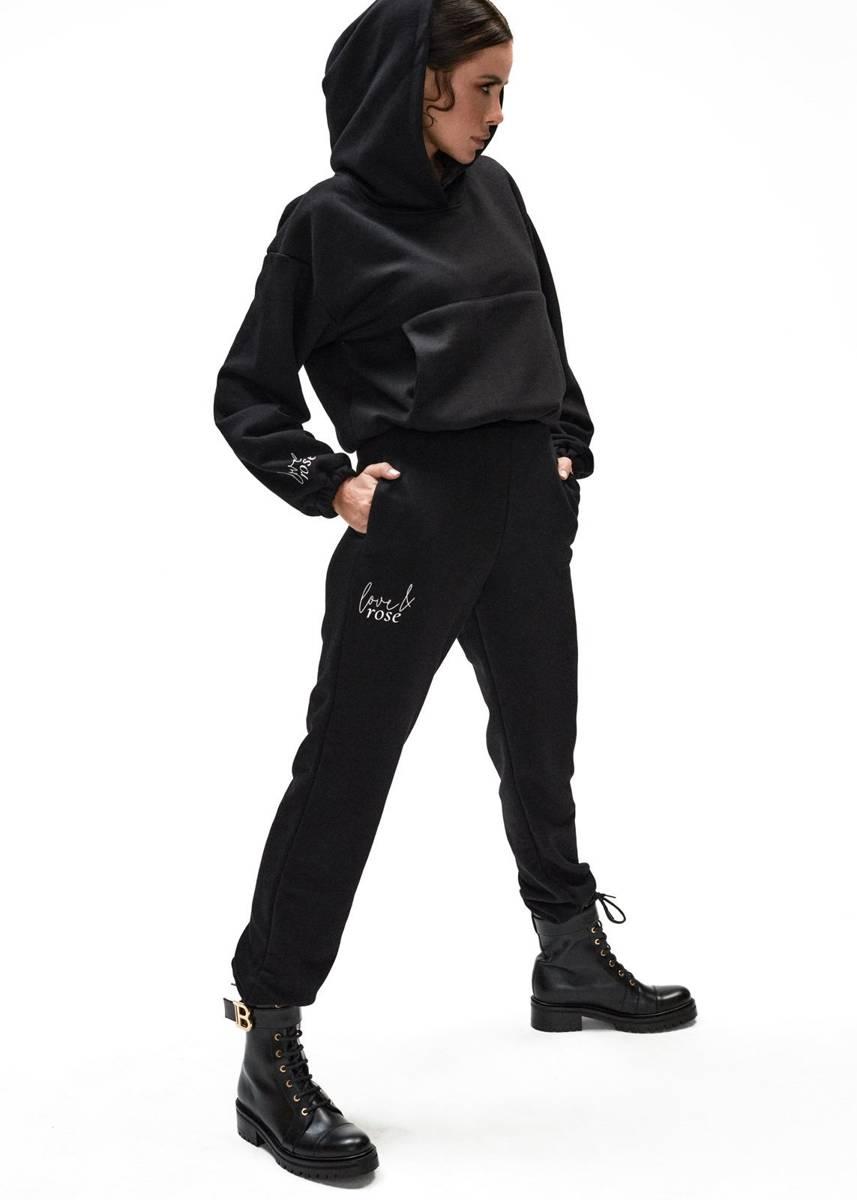 Naomi black sweatpants